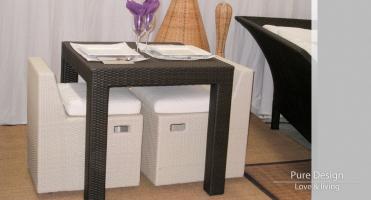 Mesa Modelo Kiwi 80x80 con Sillas Modelo Sweet Cube